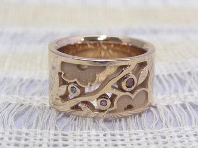 梅と桜柄の結婚指輪