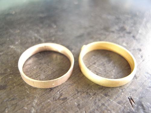 オーダーメイドで製作中婚約指輪 01