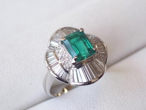 エメラルドの指輪のサイズ直し 04