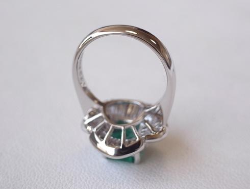 エメラルドの指輪のサイズ直し 05