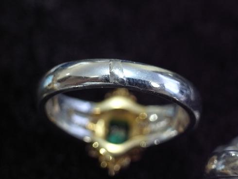 エメラルドの指輪のサイズ直し 01