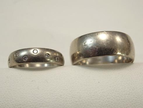綺麗にする前のダイヤ数付と幅の太い結婚指輪