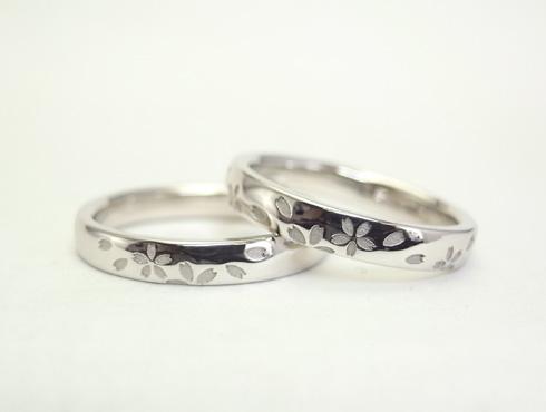 セミオーダーで製作の桜柄の結婚指輪 06