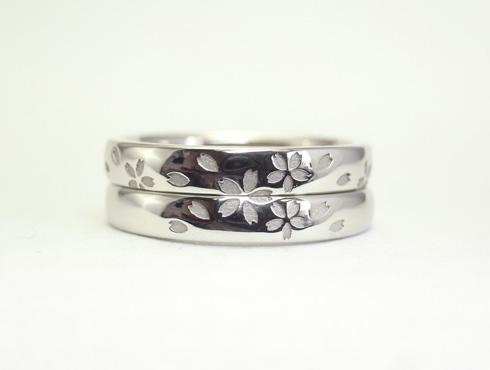 セミオーダーで製作の桜柄の結婚指輪 07