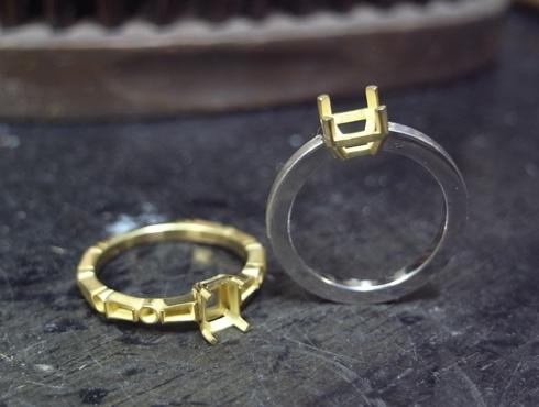 エメラルドとダイヤ付きのリング 製作過程 01