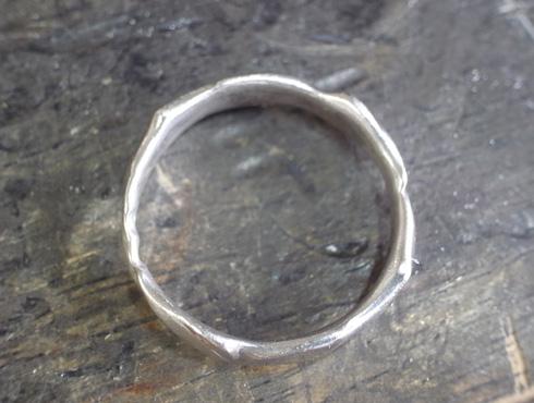 俄の結婚指輪を変形直し、サイズ直し 04