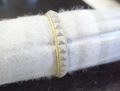 ピラミッドスタッズ柄 結婚指輪の変形直しと新品加工04