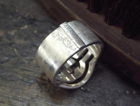 グッチのシルバーリング サイズ直しと新品加工06