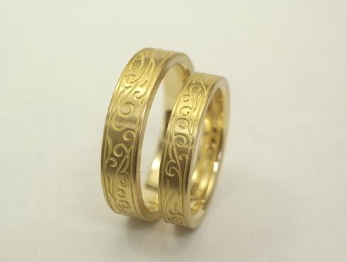 唐草模様の結婚指輪 01
