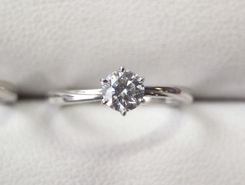 俄の結婚指輪、婚約指輪のサイズ直し 01