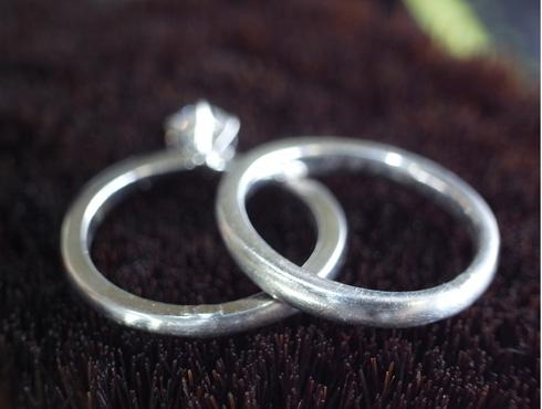 俄の結婚指輪、婚約指輪のサイズ直し 07
