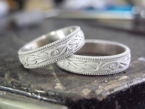 唐草(ツタ)の結婚指輪の製作過程 02