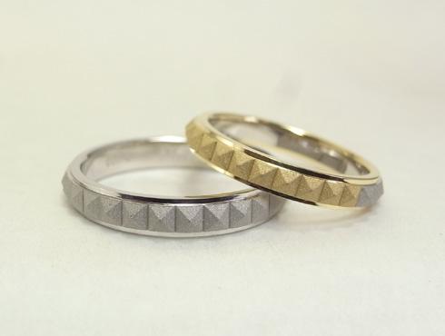 ピラミッドスタッズ柄の結婚指輪(18K/Pt900) 03