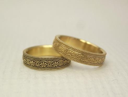 アンティーク風の結婚指輪(パルメット文様) 03