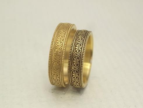 アンティーク風の結婚指輪(パルメット文様) 05