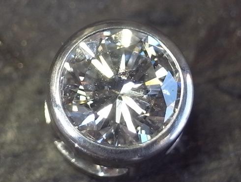 シンプルなダイヤ1粒ペンダント 製作過程 09