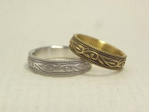 エッグのオリジナル アンティーク調の唐草模様の結婚指輪