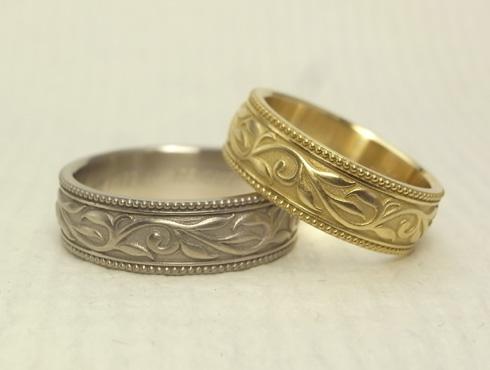 アンティーク調の唐草模様の結婚指輪 03