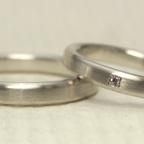 製作しにくい、、、シンプルだけど、こだわりのある結婚指輪