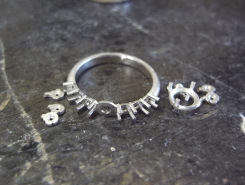 シンプルな1ct のダイヤリング 製作過程 01