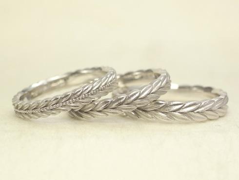月桂樹の結婚指輪 ミル打ち有りとなしのタイプ