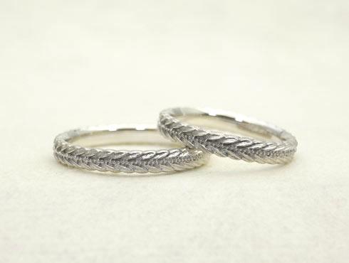以前のタイプの月桂樹の結婚指輪 02