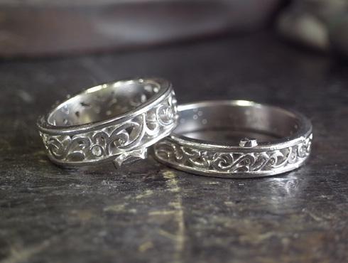 透かし模様で唐草を入れた結婚指輪 製作過程 01