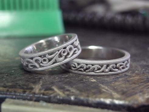 透かし模様で唐草を入れた結婚指輪 製作過程 02