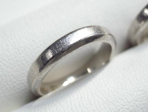 ご両親から引き継いだ 素敵な結婚指輪 02