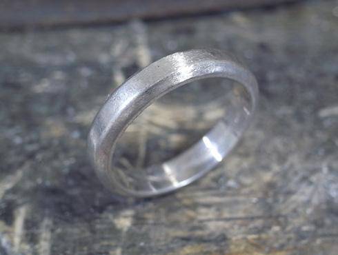 ご両親から引き継いだ 素敵な結婚指輪 05