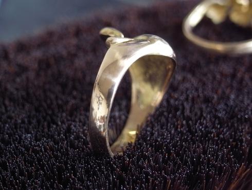 指輪の細くなった腕を修理&サイズ直し 13