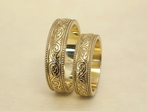 繊細な唐草模様の結婚指輪 アンティーク調 04