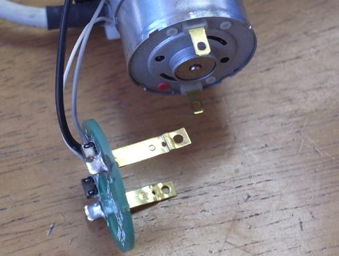 切削機 MDX-15 スピンドルモーターの交換 06