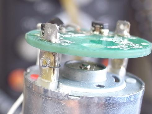 切削機 MDX-15 スピンドルモーターの交換 12