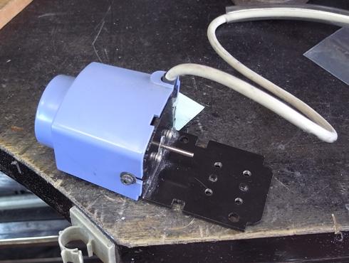切削機 MDX-15 スピンドルモーターの交換 13