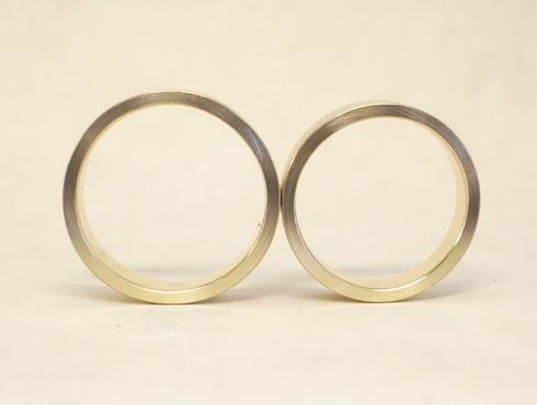 純金の印台リングを2本の18Kの指輪にリフォーム 10