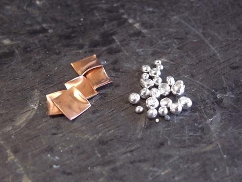 純金に混ぜる純銀と銅
