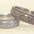 お客様が描いた唐草模様の結婚指輪