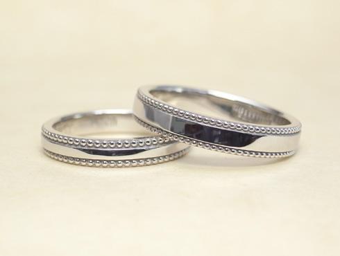 アレンジで大きなミル打ちに変更した結婚指輪 09