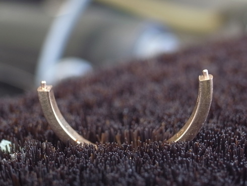 切断されたカルティエ(cartier)の結婚指輪のサイズ直しと修理 06