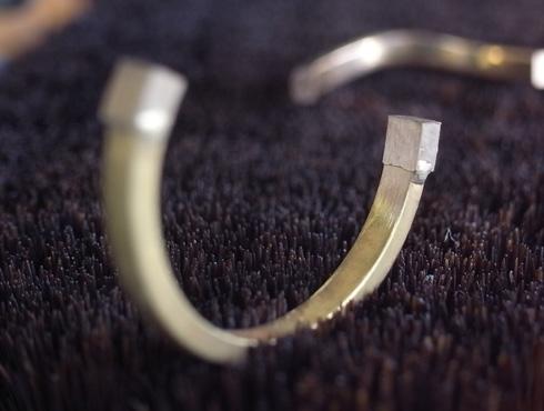 切断されたカルティエ(cartier)の結婚指輪のサイズ直しと修理 08