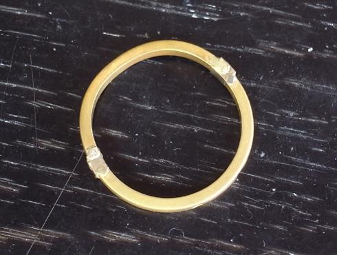 切断されたカルティエ(cartier)の結婚指輪のサイズ直しと修理 14