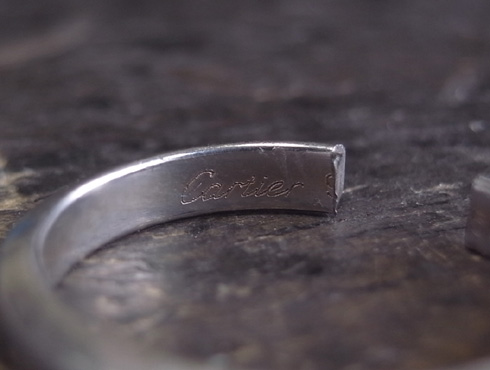 外れなくなったカルティエの結婚指輪 切断とサイズ伸ばし 02