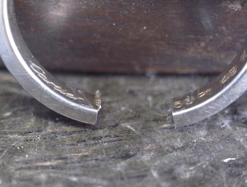 外れなくなったカルティエの結婚指輪 切断とサイズ伸ばし 03