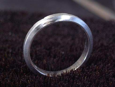 外れなくなったカルティエの結婚指輪 切断とサイズ伸ばし 10