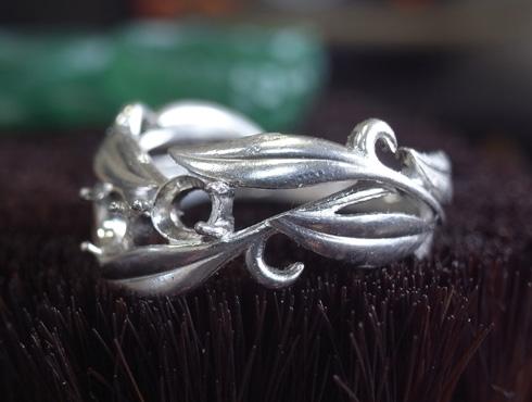 オーダーメイドの葉をモチーフの指輪 アレキサンドライト 07