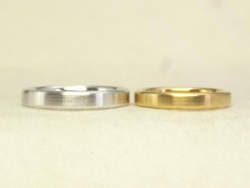 シンプルだけど、こだわりのある結婚指輪